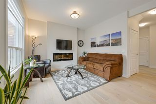 Photo 8: 1611 168 Street in Edmonton: Zone 56 House for sale : MLS®# E4213610