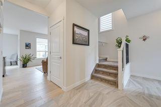 Photo 6: 1611 168 Street in Edmonton: Zone 56 House for sale : MLS®# E4213610