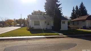Photo 2: 398 6th Avenue East in Unity: Residential for sale : MLS®# SK831161