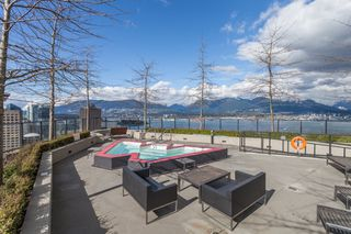 """Photo 14: 2602 108 W CORDOVA Street in Vancouver: Downtown VW Condo for sale in """"Woodwards"""" (Vancouver West)  : MLS®# R2513949"""