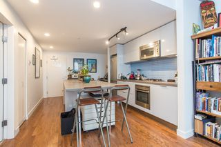 """Photo 7: 2602 108 W CORDOVA Street in Vancouver: Downtown VW Condo for sale in """"Woodwards"""" (Vancouver West)  : MLS®# R2513949"""