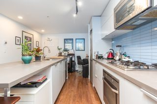 """Photo 6: 2602 108 W CORDOVA Street in Vancouver: Downtown VW Condo for sale in """"Woodwards"""" (Vancouver West)  : MLS®# R2513949"""