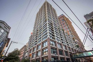 """Photo 2: 2602 108 W CORDOVA Street in Vancouver: Downtown VW Condo for sale in """"Woodwards"""" (Vancouver West)  : MLS®# R2513949"""