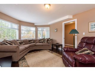 """Photo 6: 2395 MOUNTAIN Drive in Abbotsford: Abbotsford East House for sale in """"Mountain Village"""" : MLS®# R2517927"""
