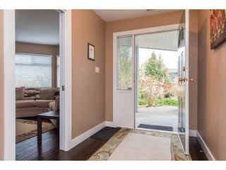 """Photo 4: 2395 MOUNTAIN Drive in Abbotsford: Abbotsford East House for sale in """"Mountain Village"""" : MLS®# R2517927"""