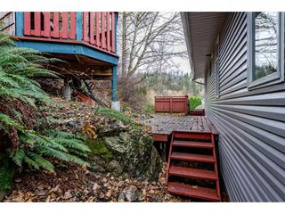 """Photo 38: 2395 MOUNTAIN Drive in Abbotsford: Abbotsford East House for sale in """"Mountain Village"""" : MLS®# R2517927"""