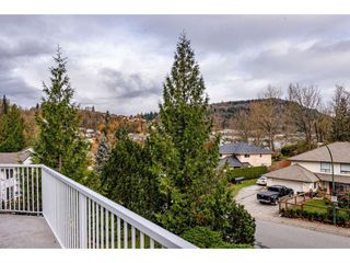 """Photo 35: 2395 MOUNTAIN Drive in Abbotsford: Abbotsford East House for sale in """"Mountain Village"""" : MLS®# R2517927"""