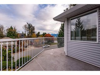 """Photo 32: 2395 MOUNTAIN Drive in Abbotsford: Abbotsford East House for sale in """"Mountain Village"""" : MLS®# R2517927"""