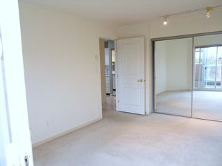 """Photo 5: E407 515 E 15TH Avenue in Vancouver: Mount Pleasant VE Condo for sale in """"HARVARD PLACE"""" (Vancouver East)  : MLS®# V816608"""