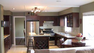 "Photo 11: 5681 SHERWOOD Boulevard in Tsawwassen: Tsawwassen East House for sale in ""TSAWWASSEN"" : MLS®# V817232"