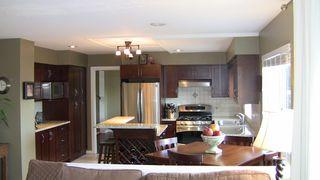 "Photo 7: 5681 SHERWOOD Boulevard in Tsawwassen: Tsawwassen East House for sale in ""TSAWWASSEN"" : MLS®# V817232"