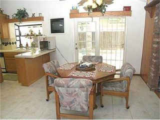 Photo 4: NORTH ESCONDIDO House for sale : 4 bedrooms : 1040 Hoover Street in Escondido