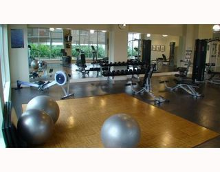 Photo 7: 1305 6233 KATSURA Street in Richmond: McLennan North Condo for sale : MLS®# V773442