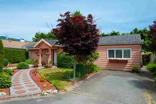 Photo 18: 1210 PINEWOOD Crescent in North Vancouver: Norgate House for sale : MLS®# R2388703