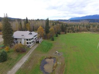 Main Photo: 8995 CRESCENT SPUR Road: Dome Creek House for sale (Robson Valley (Zone 81))  : MLS®# R2412342