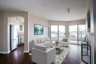 "Photo 3: 304 20120 56 Avenue in Langley: Langley City Condo for sale in ""Blackberry Lane 1"" : MLS®# R2467299"