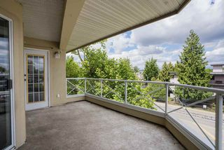 "Photo 17: 304 20120 56 Avenue in Langley: Langley City Condo for sale in ""Blackberry Lane 1"" : MLS®# R2467299"