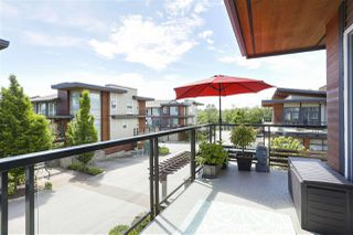 Photo 8: 227 2228 162 STREET in Surrey: Grandview Surrey Townhouse for sale (South Surrey White Rock)  : MLS®# R2458435