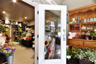 Photo 5: 33781 SOUTH FRASER WAY in Abbotsford: Central Abbotsford Business for sale : MLS®# C8028645