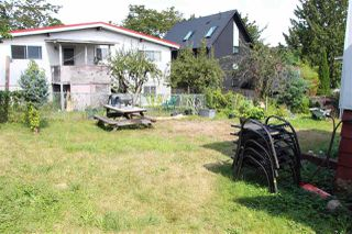 Photo 2: 473 E KING EDWARD Avenue in Vancouver: Fraser VE House for sale (Vancouver East)  : MLS®# R2473237