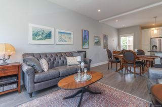 Photo 7: 3 2923 Shelbourne St in : Vi Oaklands Row/Townhouse for sale (Victoria)  : MLS®# 850799