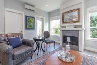 Photo 5: 3 2923 Shelbourne St in : Vi Oaklands Row/Townhouse for sale (Victoria)  : MLS®# 850799
