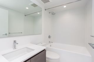 """Photo 12: 1107 5508 HOLLYBRIDGE Way in Richmond: Brighouse Condo for sale in """"RIVER PARK PLACE III"""" : MLS®# R2495810"""