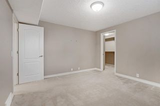 Photo 36: 199 Sienna Park Terrace SW in Calgary: Signal Hill Detached for sale : MLS®# A1042196