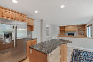 Photo 12: 199 Sienna Park Terrace SW in Calgary: Signal Hill Detached for sale : MLS®# A1042196