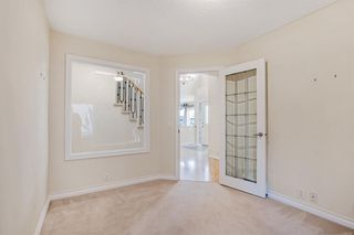 Photo 8: 199 Sienna Park Terrace SW in Calgary: Signal Hill Detached for sale : MLS®# A1042196