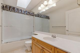 Photo 27: 199 Sienna Park Terrace SW in Calgary: Signal Hill Detached for sale : MLS®# A1042196