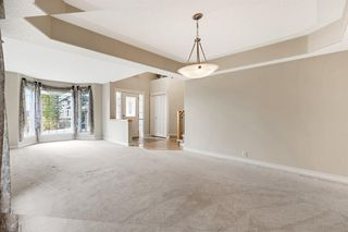 Photo 6: 199 Sienna Park Terrace SW in Calgary: Signal Hill Detached for sale : MLS®# A1042196