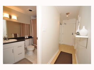 "Photo 2: 107 310 W 3RD Street in North Vancouver: Lower Lonsdale Condo for sale in ""DEVON MANOR"" : MLS®# V788416"