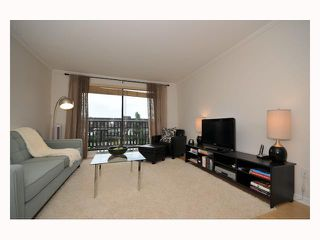 "Photo 5: 107 310 W 3RD Street in North Vancouver: Lower Lonsdale Condo for sale in ""DEVON MANOR"" : MLS®# V788416"