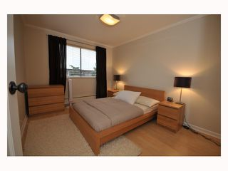 "Photo 6: 107 310 W 3RD Street in North Vancouver: Lower Lonsdale Condo for sale in ""DEVON MANOR"" : MLS®# V788416"