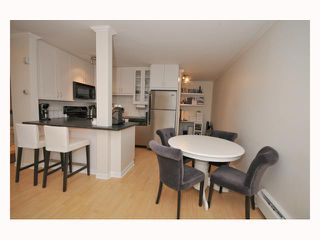 "Photo 9: 107 310 W 3RD Street in North Vancouver: Lower Lonsdale Condo for sale in ""DEVON MANOR"" : MLS®# V788416"