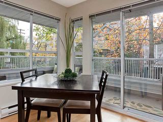 "Photo 3: 201 876 W 14TH Avenue in Vancouver: Fairview VW Condo for sale in ""WINDGATE LAUREL"" (Vancouver West)  : MLS®# V856619"