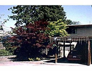 Main Photo: 814 NORTH RD in Gibsons: Gibsons & Area Townhouse for sale (Sunshine Coast)  : MLS®# V543724