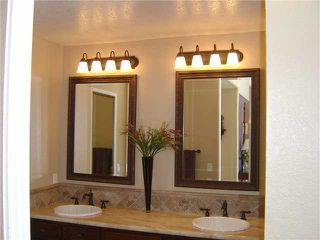 Photo 4: ENCINITAS House for sale : 4 bedrooms : 1627 Orange Blossom Way