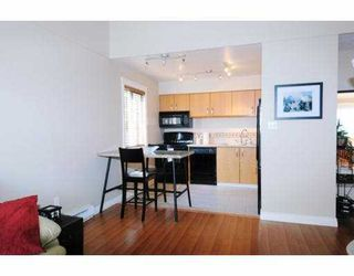 """Photo 5: 210 1202 LONDON Street in New_Westminster: West End NW Condo for sale in """"LONDON PLACE"""" (New Westminster)  : MLS®# V733703"""