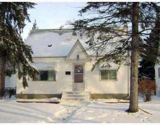 Photo 1: 229 DONALDA Avenue in WINNIPEG: East Kildonan Residential for sale (North East Winnipeg)  : MLS®# 2822432
