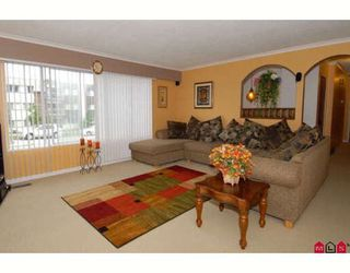 Photo 3: 10275 127A Street in Surrey: Cedar Hills House for sale (North Surrey)  : MLS®# F2907068