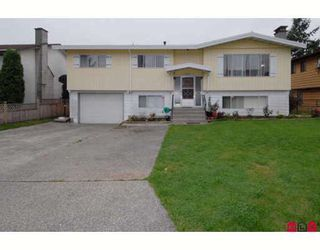 Photo 1: 10275 127A Street in Surrey: Cedar Hills House for sale (North Surrey)  : MLS®# F2907068