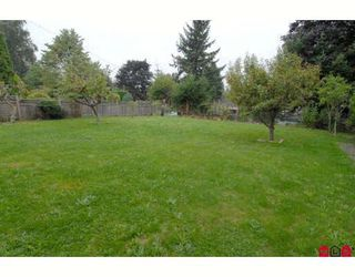 Photo 10: 10275 127A Street in Surrey: Cedar Hills House for sale (North Surrey)  : MLS®# F2907068