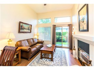"Photo 2: 37 22280 124 Street in Maple Ridge: West Central Townhouse for sale in ""HILLSIDE TERRACE"" : MLS®# R2411790"