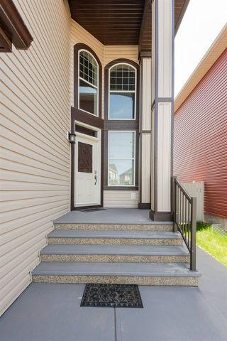 Photo 2: 7599 ELLESMERE Way: Sherwood Park House for sale : MLS®# E4178359