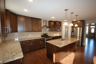 Photo 8: 7599 ELLESMERE Way: Sherwood Park House for sale : MLS®# E4178359