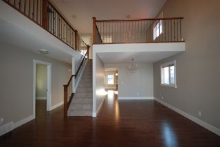 Photo 12: 7599 ELLESMERE Way: Sherwood Park House for sale : MLS®# E4178359