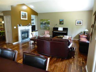 Photo 15: 1221 WERSHOF Road in Edmonton: Zone 20 House for sale : MLS®# E4198642