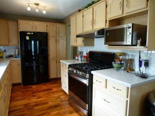 Photo 16: 1221 WERSHOF Road in Edmonton: Zone 20 House for sale : MLS®# E4198642
